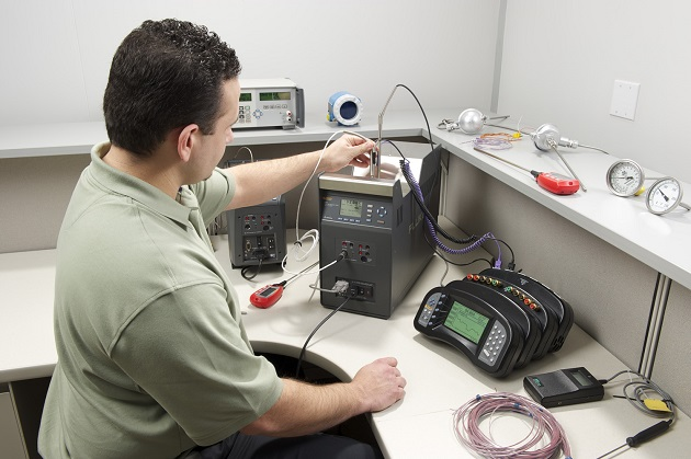 9190A calibrating thermocouples